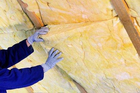 Energie besparen door je dak te isoleren