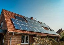 Eerste kwartaal 2017 zonnige opbrengt voor zonnepanelenbezitters
