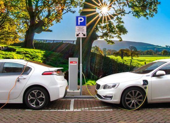 Elektrische auto opladen: Kosten, manieren en tips